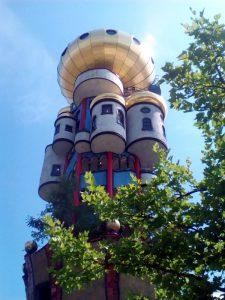 Hundertwasserturm Kuchlbauer